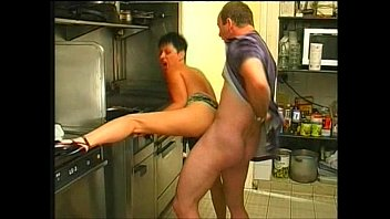 I stayed in the kitchen after breakfast and got cum on my face!